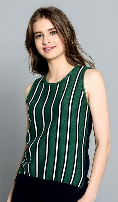 Striped sleeveless knitted tank top