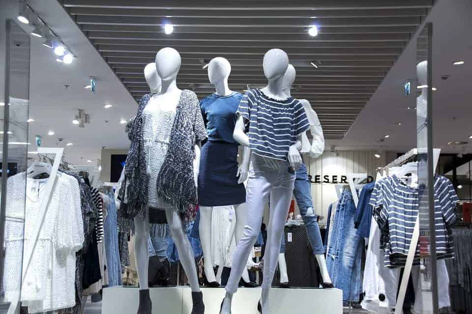Mannequins in storefront display