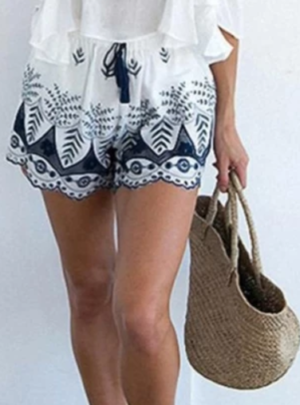 Bohemian floral embroidery shorts