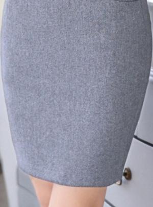OL style mini skirt