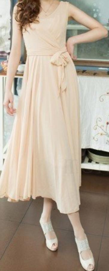 Flowy chiffon summer midi dress