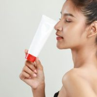 How to Apply Hyaluronic Acid